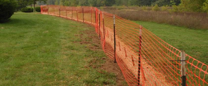 Square mesh barrier temporary fence can be installed in any place in minutes.